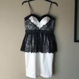 NEW Betsy & Adam Lace Dress White/black Size 6